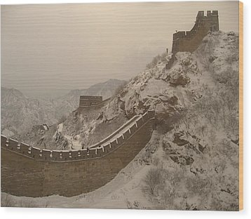 Great Wall Wood Print by James Lukashenko