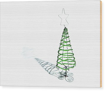 Green Bead Christmas Tree II Wood Print