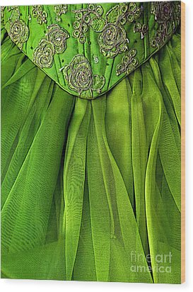 Green Frock Wood Print by Mexicolors Art Photography