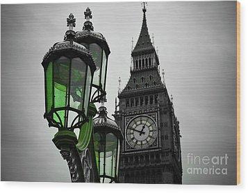 Green Light For Big Ben Wood Print by Donald Davis