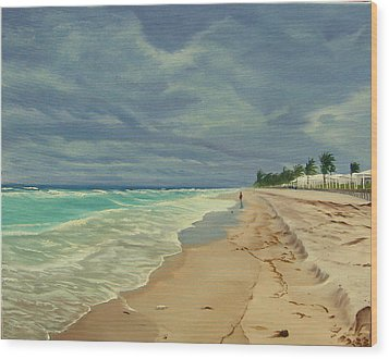 Grey Day On The Beach Wood Print by Lea Novak