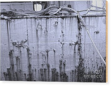 Wood Print featuring the photograph Grimy Old Ship Hull by Yali Shi
