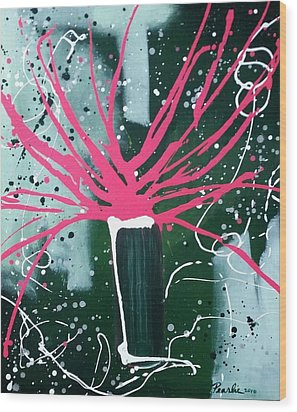 Growing In The City Wood Print by Pearlie Taylor
