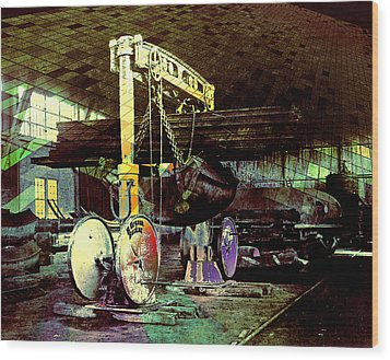 Wood Print featuring the photograph Grunge Hydraulic Lift by Robert G Kernodle