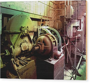 Wood Print featuring the photograph Grunge Hydroelectric Plant by Robert G Kernodle