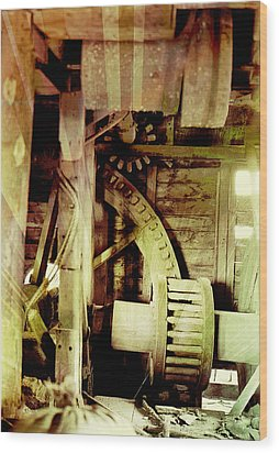 Wood Print featuring the photograph Grunge Mill Wheels by Robert G Kernodle