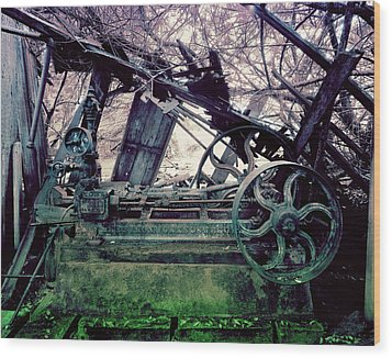 Wood Print featuring the photograph Grunge Steam Engine by Robert G Kernodle