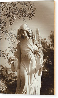 Guardian Angel Bw Wood Print by Susanne Van Hulst