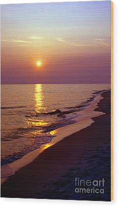 Gulf Of Mexico Sunset Wood Print by Thomas R Fletcher