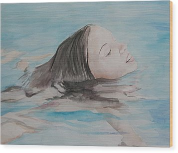 Haley In The Pool Wood Print by Charlotte Yealey