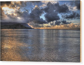Hanalei Bay Hdr Wood Print by Kelly Wade