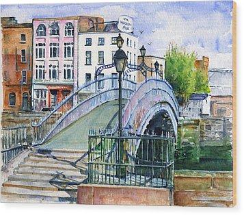 Ha'penny Bridge Dublin Wood Print by John D Benson