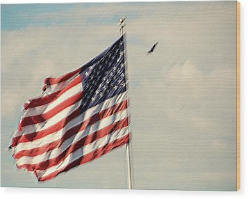 Happy Birthday America Wood Print by Susanne Van Hulst