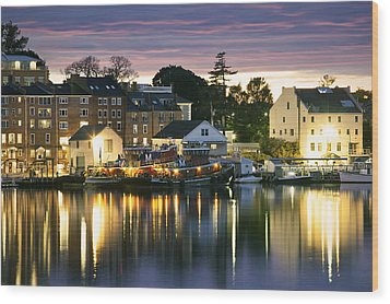 Harbor Lights Wood Print by Eric Gendron