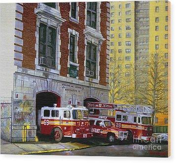 Harlem Hilton Wood Print by Paul Walsh