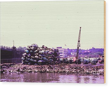 Harlem River Junkyard Wood Print by Cole Thompson