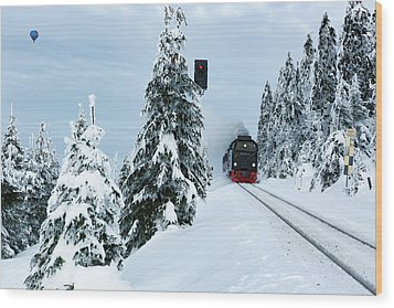 Harz Ballooning And Brocken Railway Wood Print by Andreas Levi