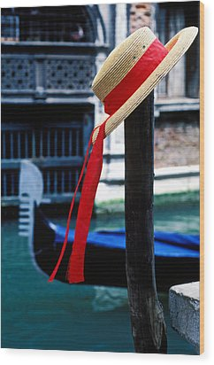 Hat On Pole Venice Wood Print by Garry Gay