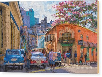 Havana In Bloom Wood Print by Les Palenik