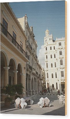 Havana Vieja Wood Print by Quin Sweetman