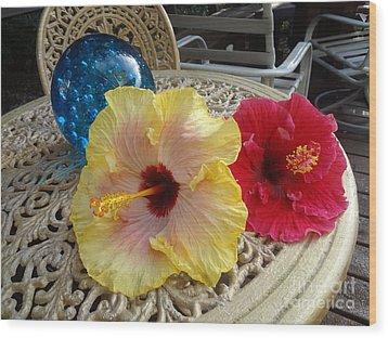Hawaiian Lovelies Wood Print