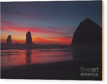 Haystack Rock At Sunset Wood Print