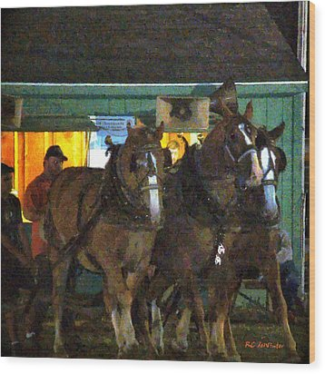 Heading Into The Ring Wood Print by RC deWinter