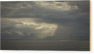 Heavenly Rays Wood Print