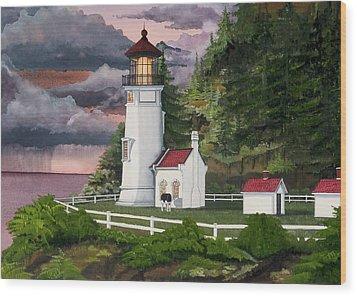 Heceta Head Lighthouse Wood Print by James Lyman