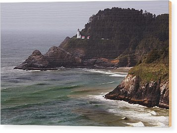 Heceta Head Lighthouse Wood Print by Joanne Coyle