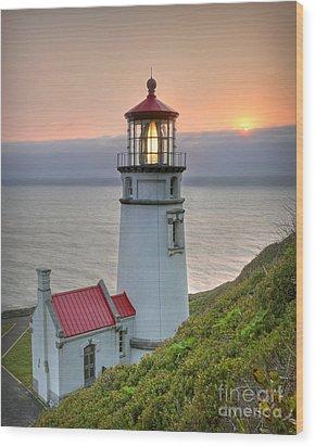 Heceta Lighthouse At Sunset Wood Print by Martin Konopacki