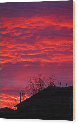 Wood Print featuring the photograph Hell Over Ontario by Valentino Visentini