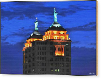 Hello Goodbye In Stormy Skies Atop The Liberty Building Wood Print