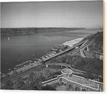 Henry Hudson Parkway, 1936 Wood Print by Cole Thompson
