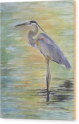 Heron At The Lagoon Wood Print