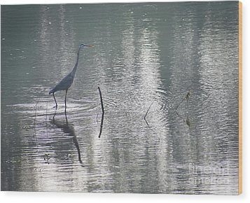 Wood Print featuring the photograph Heron In Pastel Waters by Skip Willits