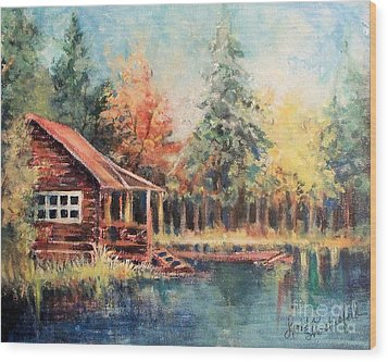 Hide Out Cabin Wood Print by Linda Shackelford