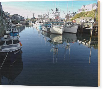 High Tide At Hall's Harbour Wood Print