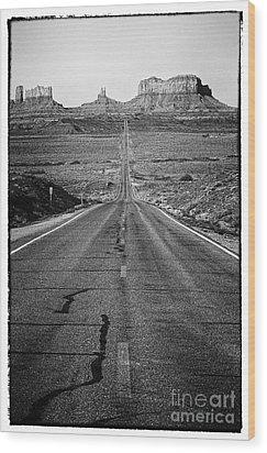 Highway Wood Print by Hideaki Sakurai