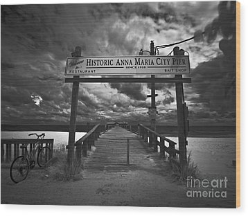 Historic Anna Maria City Pier 9177436 Wood Print by Rolf Bertram