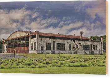 Wood Print featuring the photograph Historic Curtiss Wright Hanger by Steven Richardson