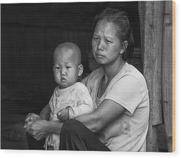 Wood Print featuring the photograph H'mong Mother And Child by Wade Aiken