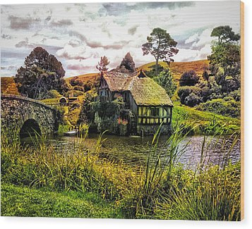 Hobbiton Mill And Bridge Wood Print