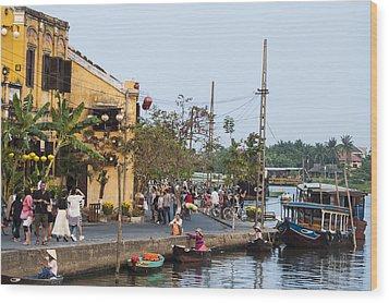 Hoi An Town Vietnam Wood Print by Rob Hemphill