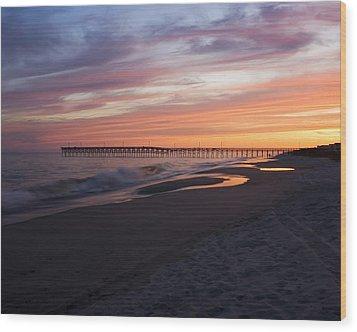 Holden Beach Pier Wood Print by Alan Raasch