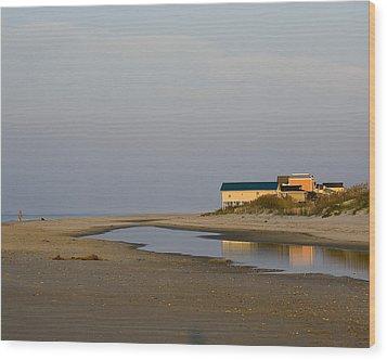 Holden Beach Reflections 1 Wood Print by Alan Raasch