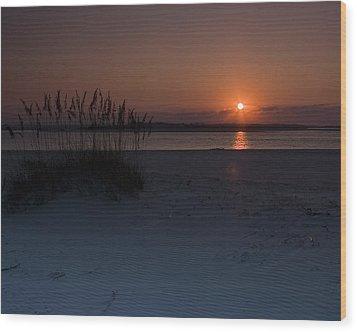 Holden Beach Sunrise 1 Wood Print by Alan Raasch