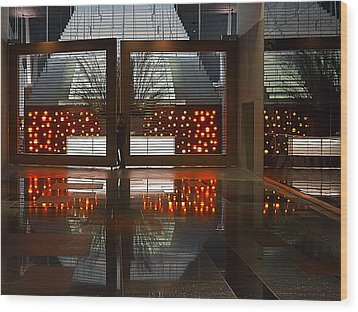 Wood Print featuring the photograph Holiday Reflections by Ron Dubin