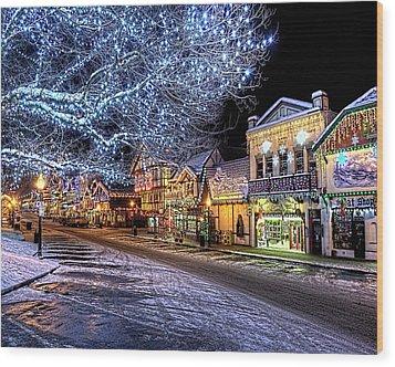 Holiday Village, Leavenworth, Wa Wood Print by Greg Sigrist