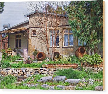 Wood Print featuring the photograph Home In Greece by Roberta Byram
